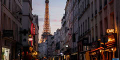The City of Lights by Night Private Tour