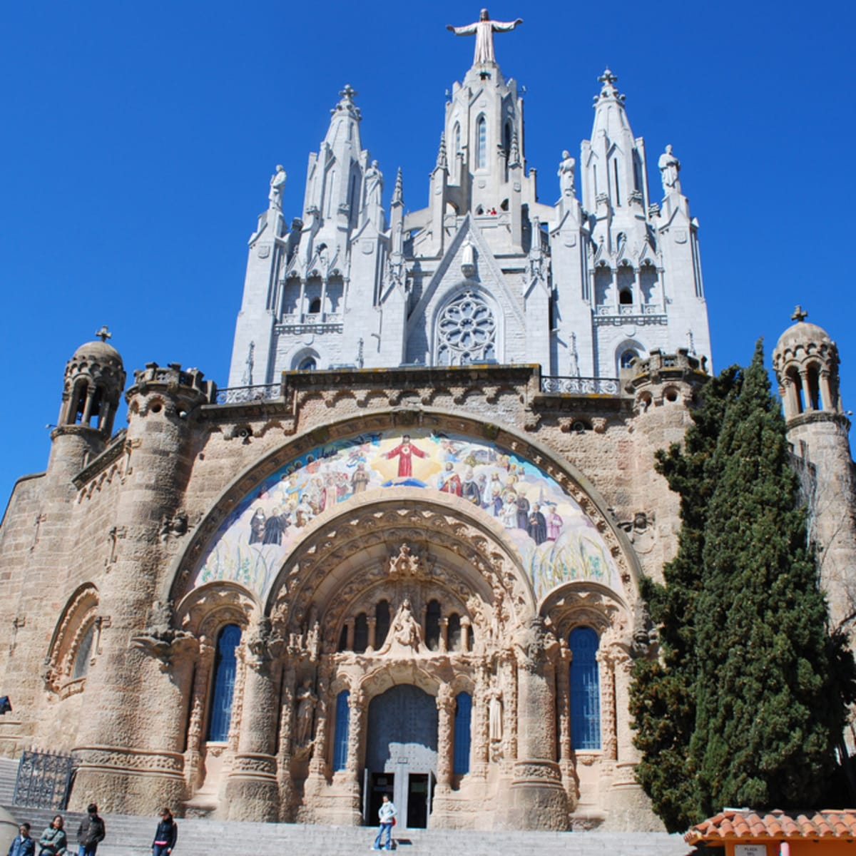 Hike the top of barcelona mount tibidabo private tour - Placa kennedy barcelona ...