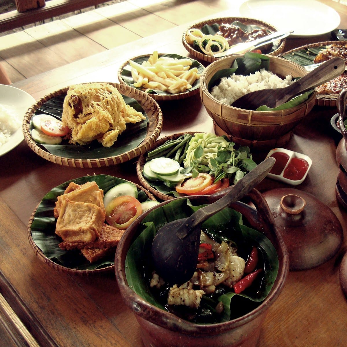 Java Travel Guide   Republic of Indonesia Travel Guide  Bali Tourist Destinations: xxx YOGYAKARTA FOOD