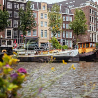Amsterdam Like a Local Family: Houseboat Experience
