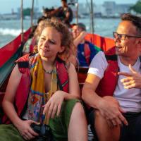 Bangkok's Highlights on a Long Tail Boat