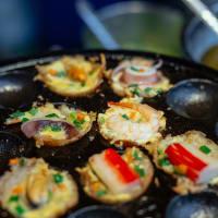 Bars, Markets & Street Food Night Tour