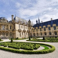 Fairy Tale Day Trip to Chantilly