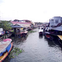 Slow Life at Amphawa Floating Market and surroundings.