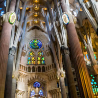 Light and color in the Sagrada Familia with a Sculptor