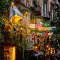 A Taste of Naples: Food, History & Culture