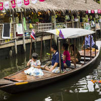 Floating Market Food Tour
