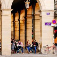 Best of Paris tour: Highlights & Hidden Gems