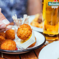Taste Dutch Flavors with a Local Tour