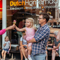 Catch the Best Sweets of Amsterdam with Snapshots