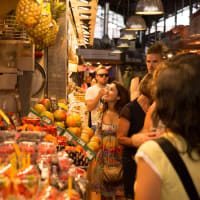 Eat and drink in a Local Market