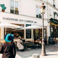 Paris' Kickstart Tour with a Local