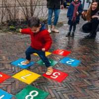 Hoi Amsterdam: The Must-Do Family Tour
