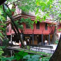 Long-tail boat...Canal Klong tour...Wat Arun