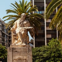 The Charms of Old Historical Valencia tour