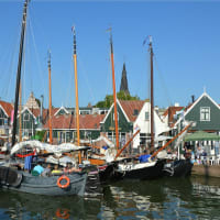 Private Car tour to Small Holland: Edam and Volendam