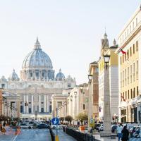 Skip the Line: Vatican Museum Tour with an Art Historian