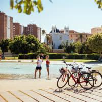 Family Bike Tour: Discover Valencia!