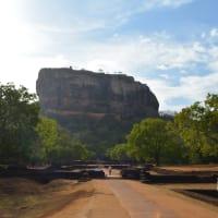 Enjoy the Unesco sites Sigiriya and Dambulla