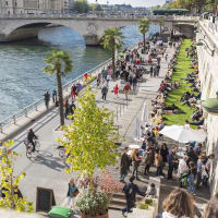 Past and Present Tour of Paris