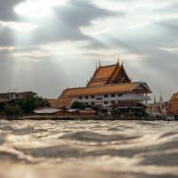 Bangkok Like a Local: Tuk-tuk, Boat, Temples & Markets