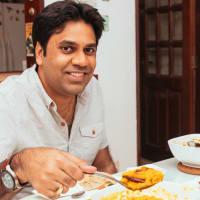 Vegetarian Dining:  Finest Indian Food