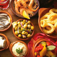 Eat and learn about Tapas in Sevilla