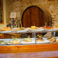 Barcelona Neighborhoods & Tapas Tour