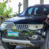 Cebu Island Tour Guide with SUV car.