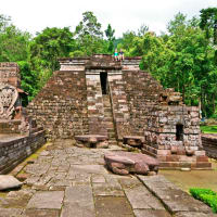 Erotic Temple & tea Plantation