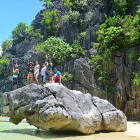 Dicover the virgin paradise of caramoan