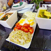 Enjoy cooking & a fun Indonesian dinner