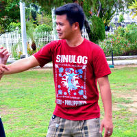 Learn basic Wing Chun self-defense techniques