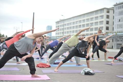 yoga urban