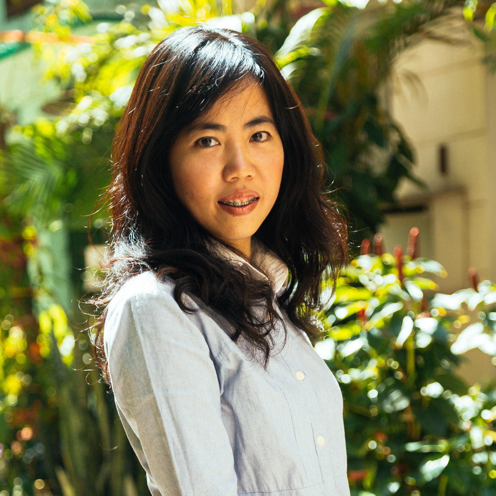 nake-vietnam-girl