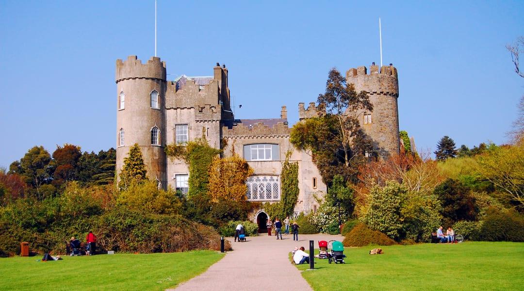 Best Dating Sites Malahide (Ireland, Leinster)