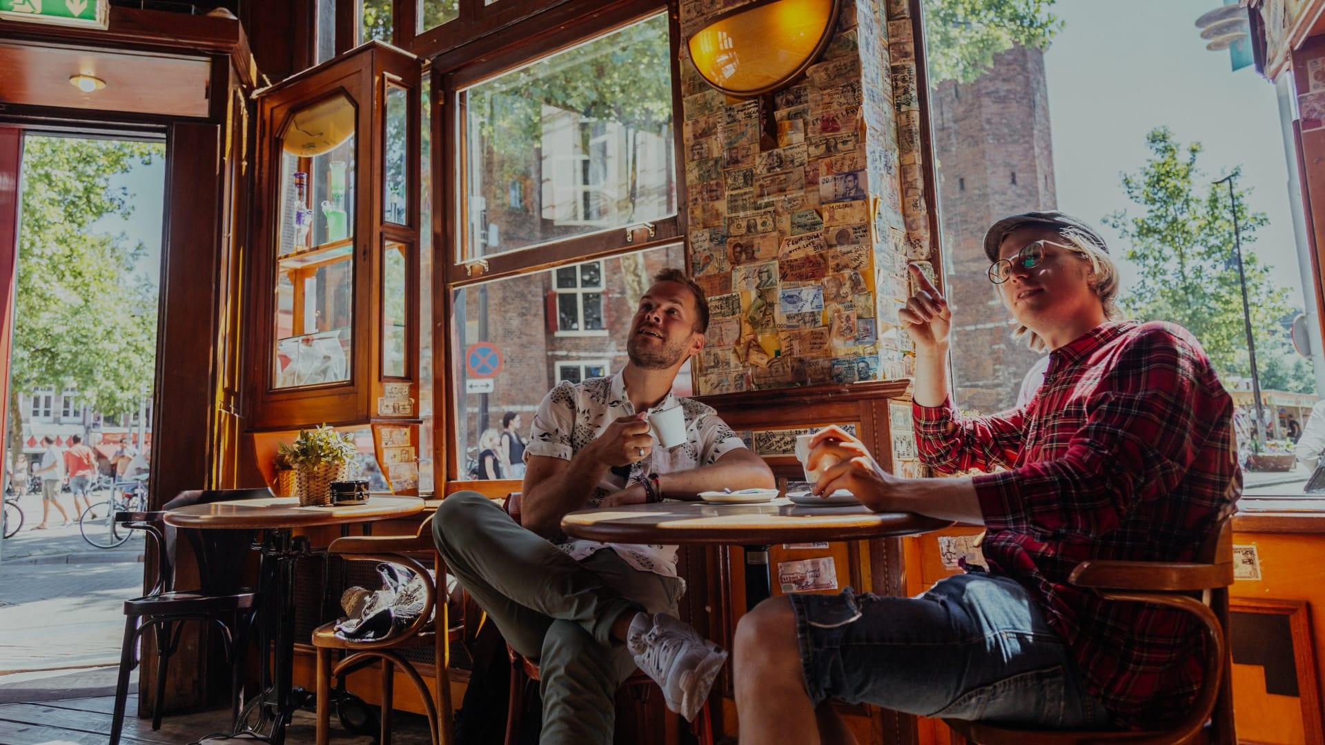 Tour Dei Coffee Shop E Del Quartiere A Luci Rosse